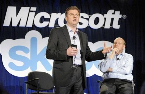 Skype's CEO Tony Bates and Microsoft's Steve Ballmer announcing the deal
