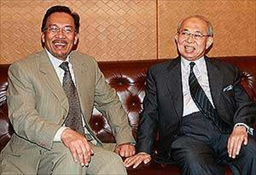 Anwar Ibrahim and Tengku Razaleigh