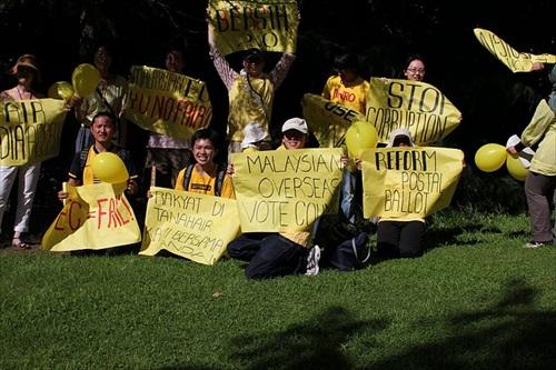 Bersih 2 - Osaka, Japan