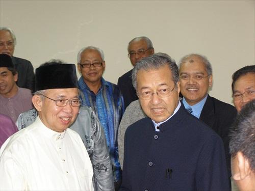 Tengku Razaleigh and Mahathir Mohamad