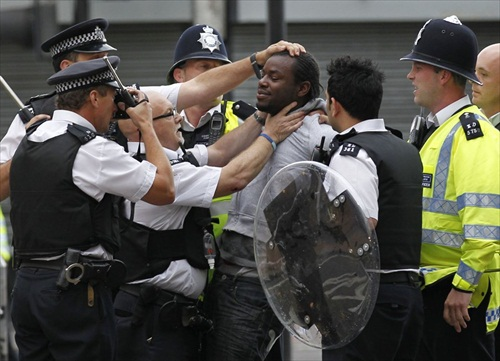 London-Riot-a-man-is-arrested-in-croydon