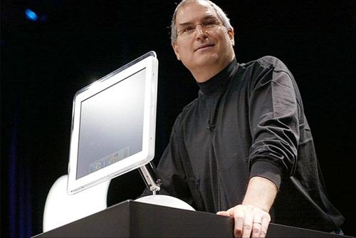 Steve Jobs FlatPanel iMac 2002
