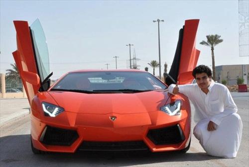 Dhiaa Al-Essa Super Cars Lamborghini Aventador