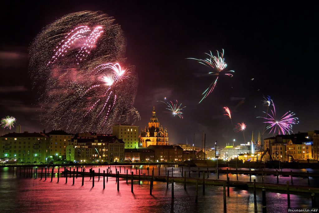 New Year 2012 Fireworks - Finland Helsinki