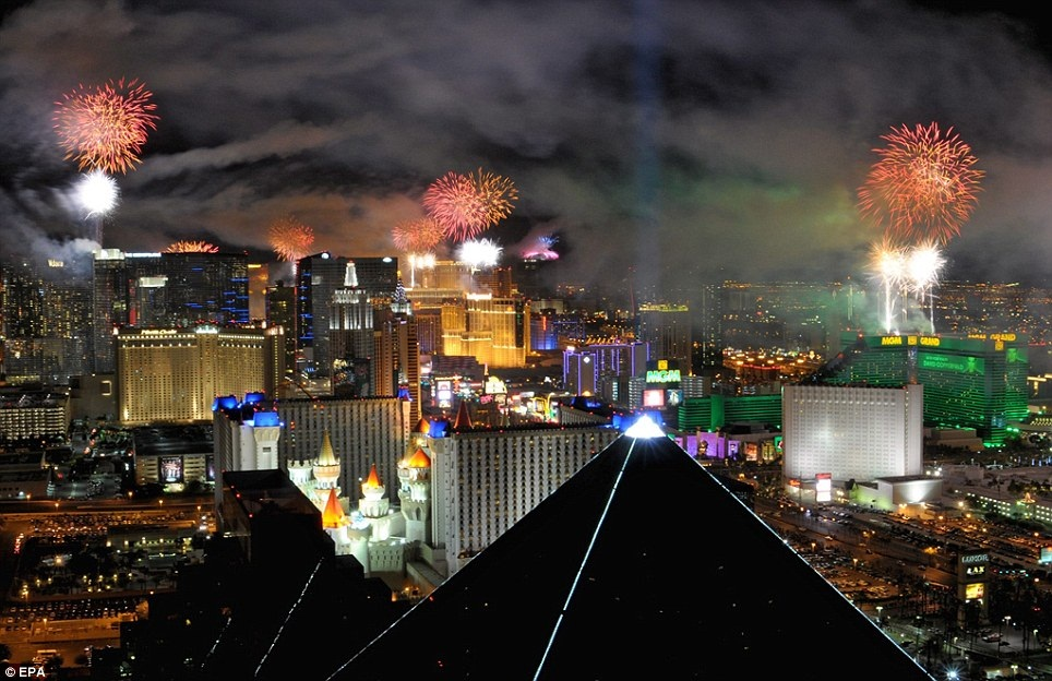 New Year 2012 Fireworks - USA Las Vegas