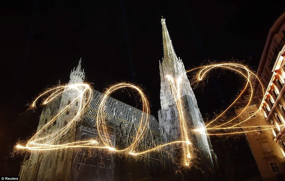 New Year 2012 Fireworks - Vienna