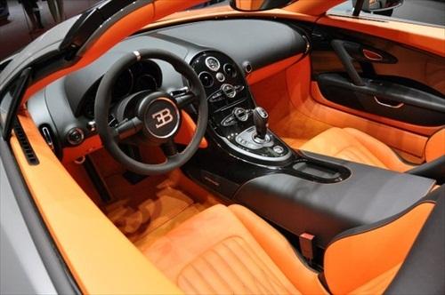 Geneva Motor Show 2012 Bugatti Veyron Grand Sport Vitesse - 7