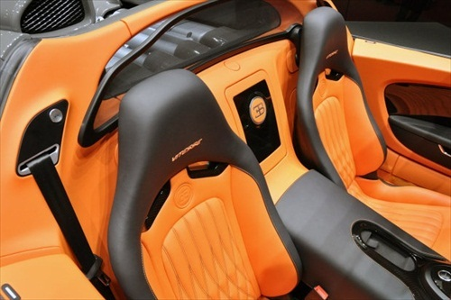 Geneva Motor Show 2012 Bugatti Veyron Grand Sport Vitesse - 8