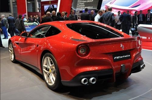 Geneva Motor Show 2012 Ferrari F12 Berlinetta - 4