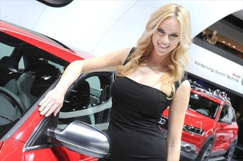 Geneva Motor Show 2012 Girls - 6