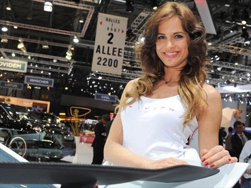 Geneva Motor Show 2012 Girls - 8