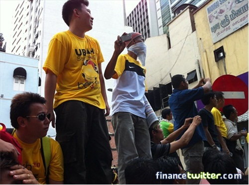 Bersih 3.0 FinanceTwitter Crowd Going to Dataran Merdeka 2
