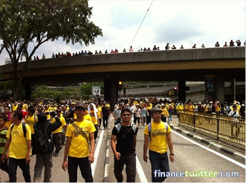 Bersih 3.0 FinanceTwitter Crowd More From Jln Tun Sambanthan 5