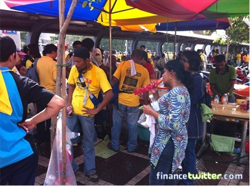Bersih 3.0 FinanceTwitter Good Business at Pasar Seni LRT
