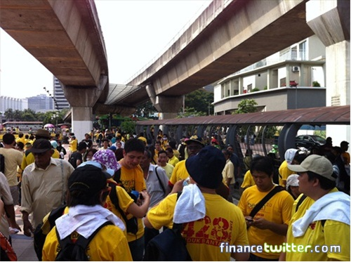 Bersih 3.0 FinanceTwitter Rest Chat at Pasar Seni LRT