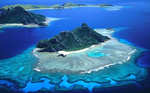 Your Next Holiday Tip: 2013 Top-20 Islands In The World