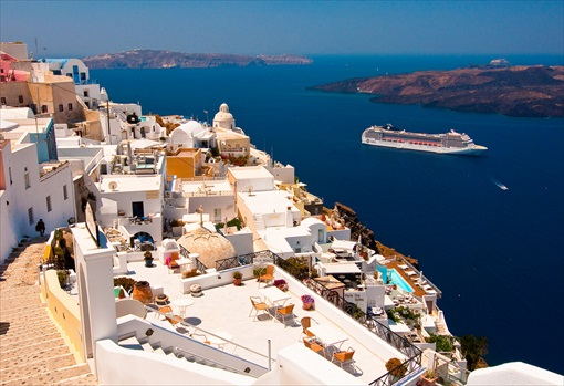 Top-20 Islands In The World - Santorini