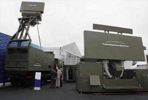 Malaysia MH370 Missing - Thales 200 and 400 radars shown at Paris Airshow 2011