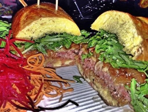 American Best Hamburger - Delux Burger