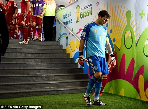 2014 FIFA World Cup - Dejected Casillas prepares to walk back onto the pitch after a poor first 45 minutes
