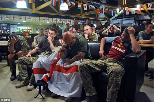 2014 FIFA World Cup - England Lost to Uruguay - Dejected England Fans 6