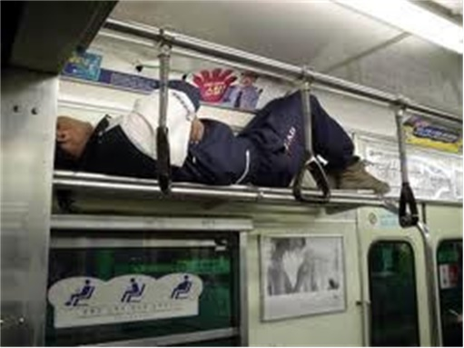 Japanese Culture - Drunken Sleeping in Public - 18