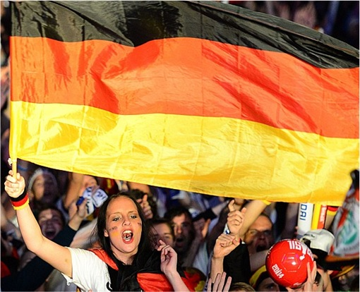 2014 FIFA World Cup - Germany Celebrates 1-0 Win Against Argentina - 3