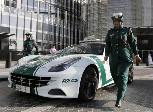 Exotic Dubai Police Force's Fleet of Supercars - Ferrari FF 2