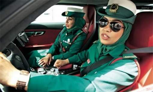 Here Re 8 Exotic Dubai Police Force S Fleet Of Supercars