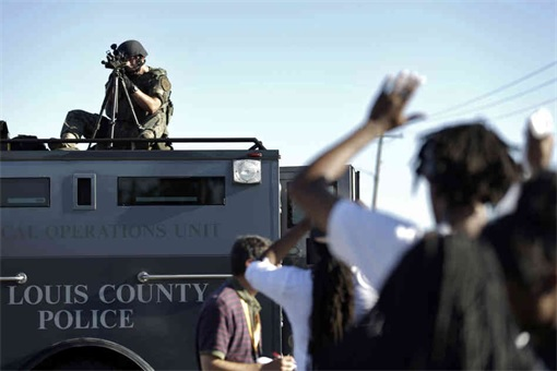 Ferguson Clashes - Ferguson Police Like Military Unit - Sniper 2