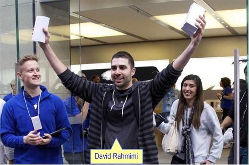Apple Fans Queue for iPhone 6 in Australia - David Rahmimi