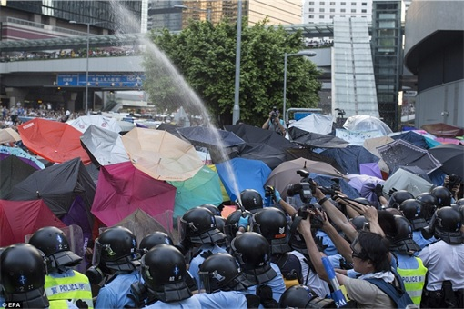 Hong Kong Demonstrations - Protestors pepper sprayed - 1