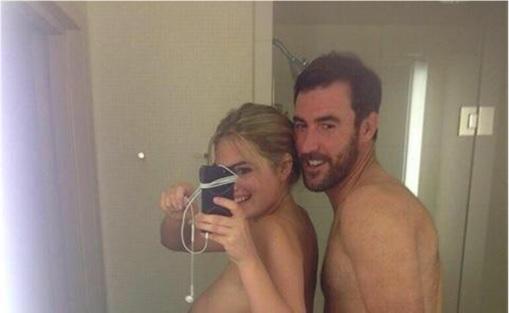 Biggest Celebrity Hacking Scandal – Nude Photos Of Jennifer Lawrence ...