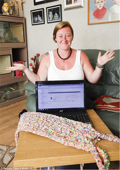 Loom Bands - Rainbow Loom - dress on eBay for £170,000 - Briton Helen Smith