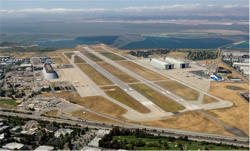 Google Takes Over NASA Moffett Space Field - Air Field
