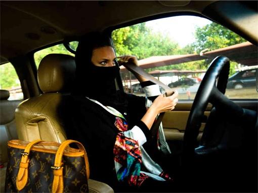 Saudi Arabia Women Drivers - Inside Car