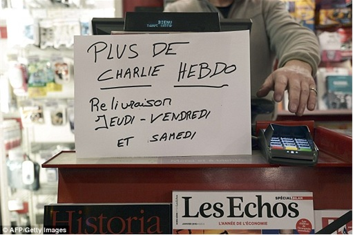 First Issue of Charlie Hebdo since the attack - Sold Out Sign