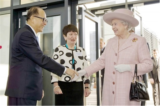 Hong Kong Billionaire Li Ka-shing Meets Queen Elizabeth