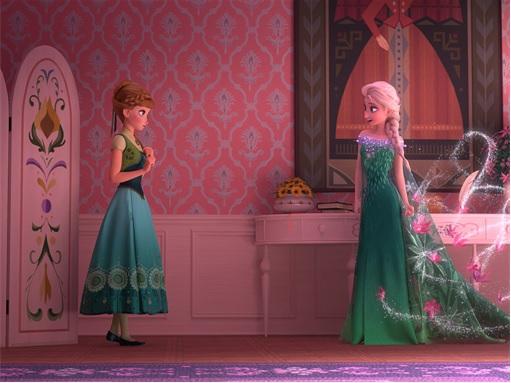 Frozen Fever - Elsa Talking to Anna