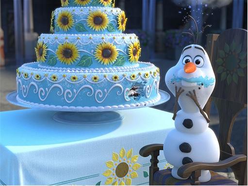 Frozen Fever - Olaf Eats Birthday Cake