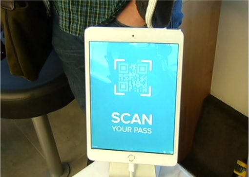 Leap Transit - scan your pass iPad