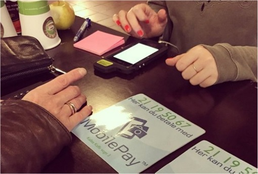 Cashless Societies - Mobile Pay