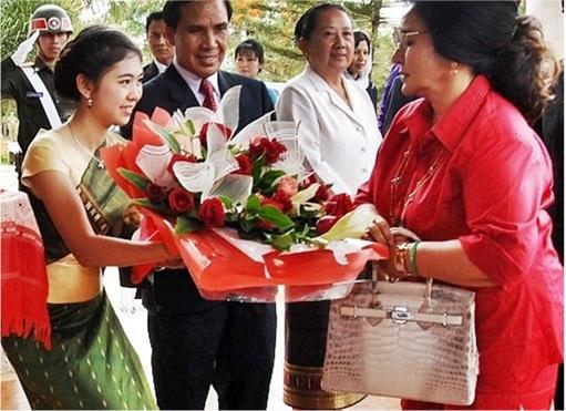 Rosmah Mansor - Auntie Rosy - Hermès Birkin Bags - 3