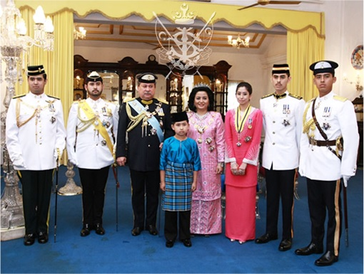 Sultanate of Johor - Family Members Photo Session