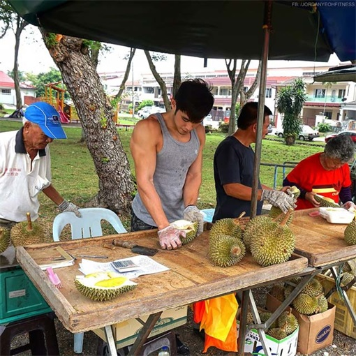 Jordan Yeoh - Hunky Durian Seller - Opening Durian - With Shirt