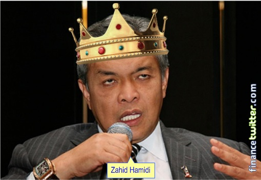 Zahid Hamidi Wearing Crown - 3