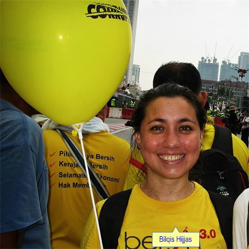 Bilqis Hijjas - With Yellow Balloons at Bersih Rally