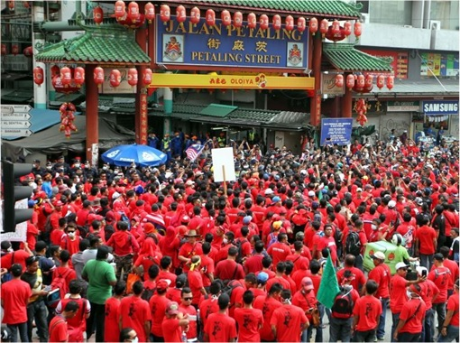 Red Shirts Rioting at Petaling Street