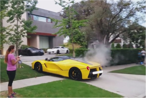 Sheikh-Khalid-Hamad-Al-Thani Racing in Beverly Hills - Yellow LaFerrari Smoking at Driveway