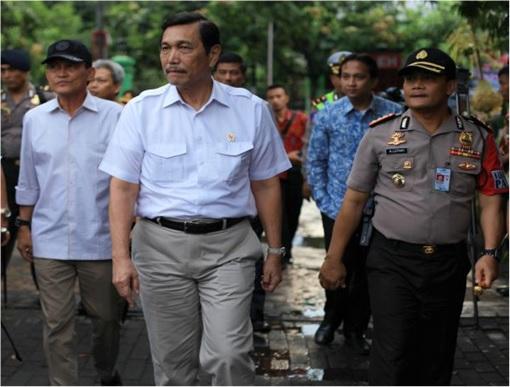 Haze Crisis - Indonesian Coordinating Minister for Politics, Law and Security - Luhut Binsar Panjaitan 2